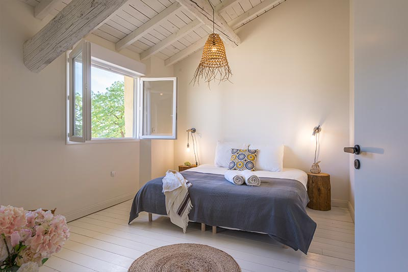 Mansion Syrah - bedroom
